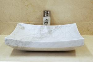 Mramorové umyvadlo Carrara